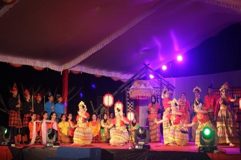 Sendra Tari Maipa Deapati 2016