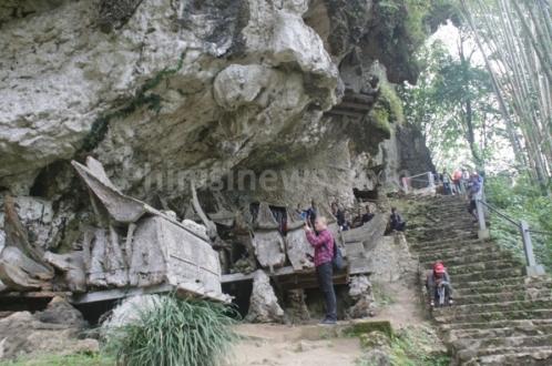 Kuburan Batu Di Toraja, Jaman Megalitikum Yang di Pertahankan