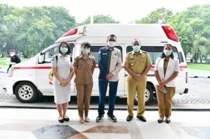 Gubernur Serahkan Ambulance Canggih ke Pemkab Tanatoraja